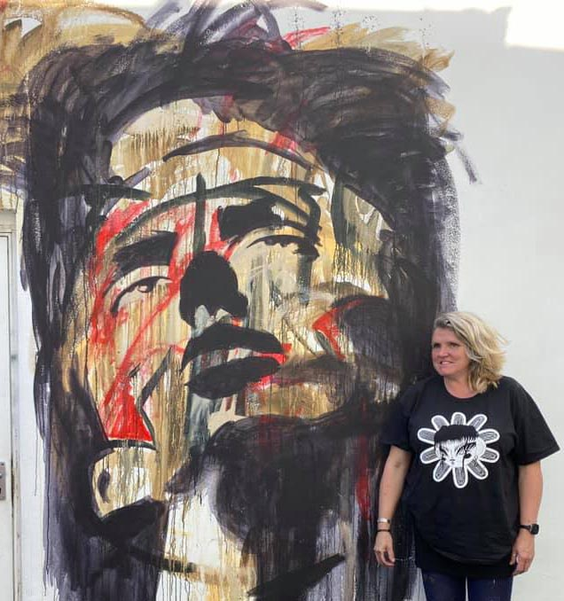 Artist Donna Poingdestre, more famed for her large scale work, set herself a 100 day challenge of left handed sketches